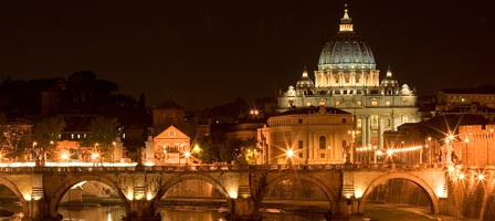 vatican-museums-by-night