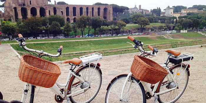 Discover Rome by Electric Bicycle!